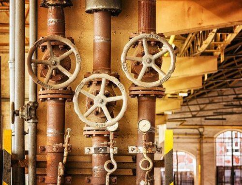 Una reparación de bricolaje de fontanería: cómo detener un inodoro en funcionamiento